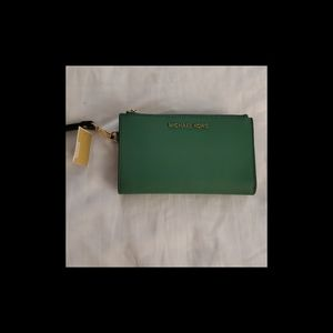 NWT: MK Adele Double-Zip Leather Phone Wristlet
